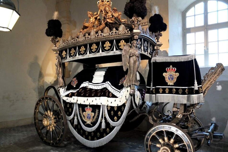 exhibition of carriages